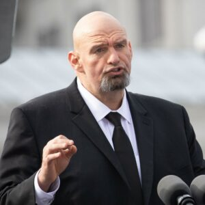 Senate Candidate John Fetterman Aims to Unify Rust Belt Voters Amid Scrutiny
